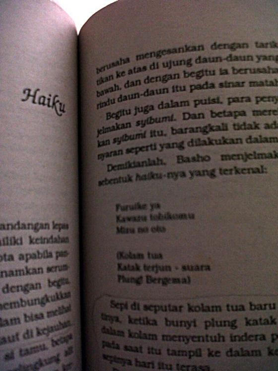 Hartojo Andangdjaja, 1991, cet. pertama, Dari Sunyi ke Bunyi kumpulan esai tentang puisi, Jakarta, PT Pustaka Utama Grafiti